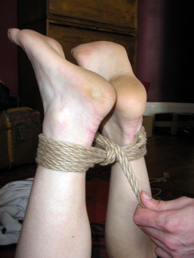 Introductory shibari class: Sat 3 December and other dates