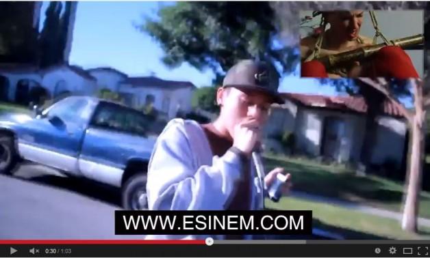 EMINEM raps, but here's the ESINEM rope (w)rap!